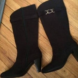 """NWOT Predictions Faux Leather 2.5"""" Heel Boots"""